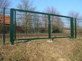 Ворота зеленые фото