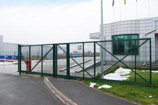 Ворота откатные из сварной сетки фото