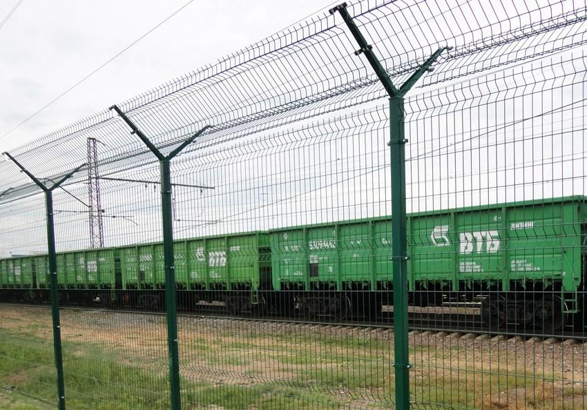 сетка для ограждения железнодорожніх путей