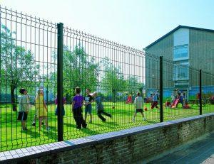 паркан для школи