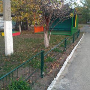 Разграничение детских площадок в саду