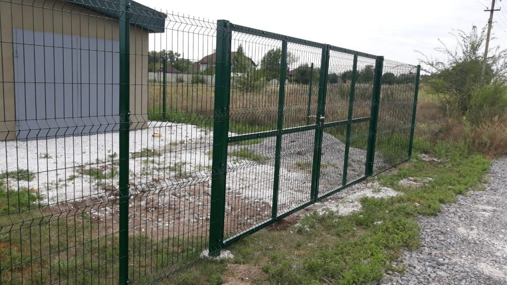 ворота панельного забора